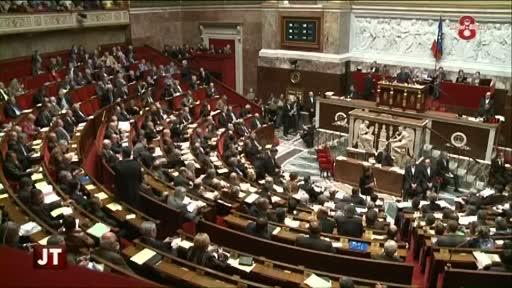 Révision de la Constitution : les députés votent l'article 1