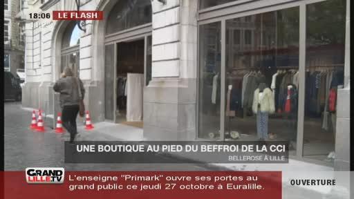 Une boutique au pied du beffroi de la CCI (Lille)